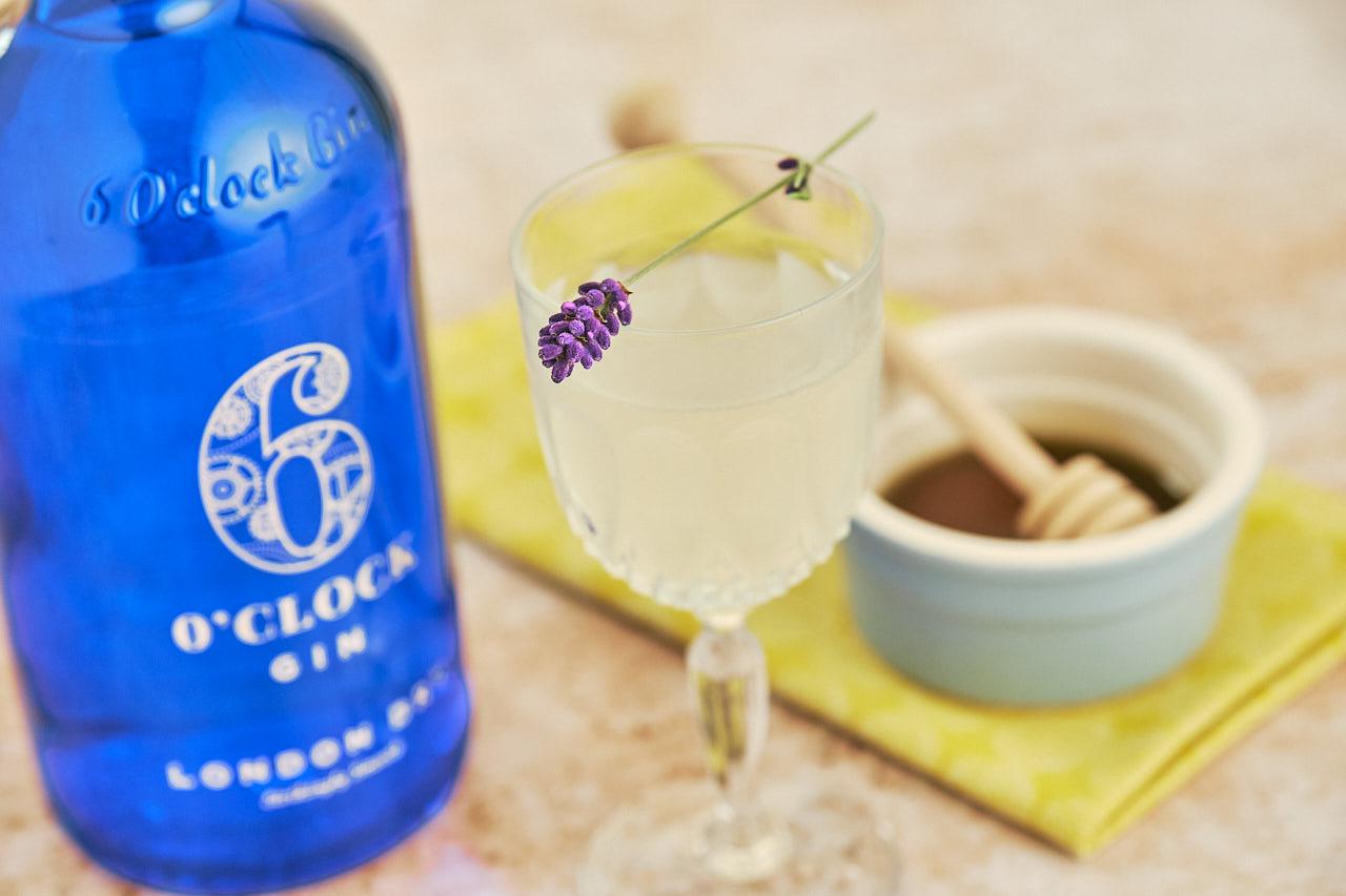 The Bee's Knees Cocktail - Gin, Honey & Lemon